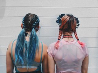 colored hair lolla